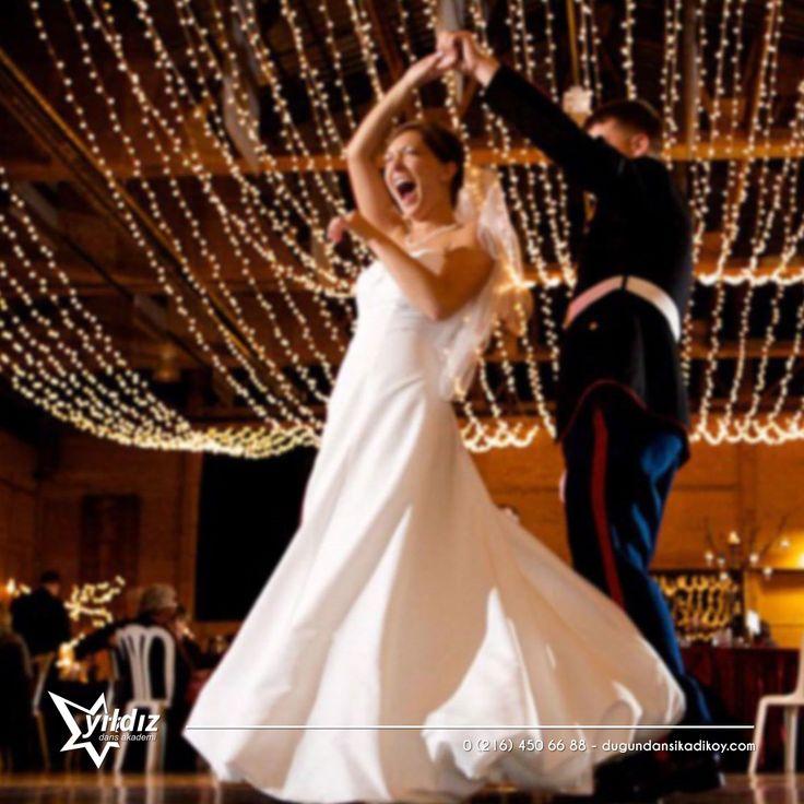 Büyülü Latin dansı Rumba ile düğününüzde aşkınızın temsilini dans pistinde sergileyin 💘 0216 450 66 88 #rumba #düğün #dansı #kadıköy
