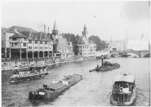 la Seine à Paris en 1890