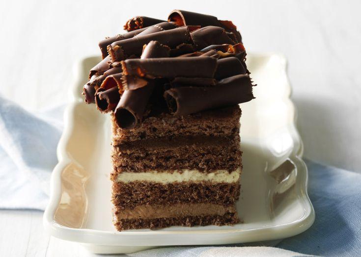 Chokolade trilogi - chokoladekage med creme - find opskrift - Odense Marcipan