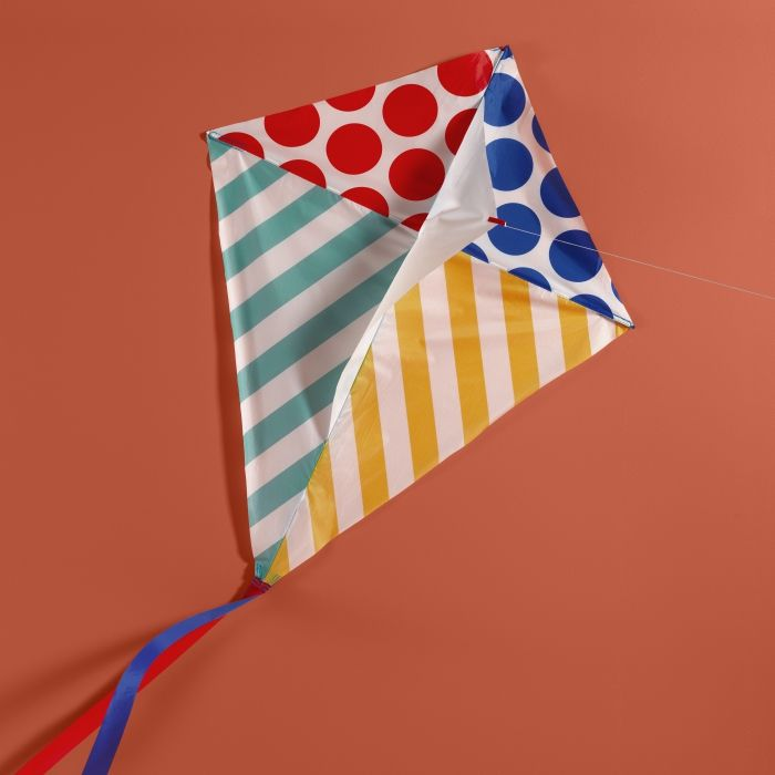 No fear of flying with the LATTJO kite.