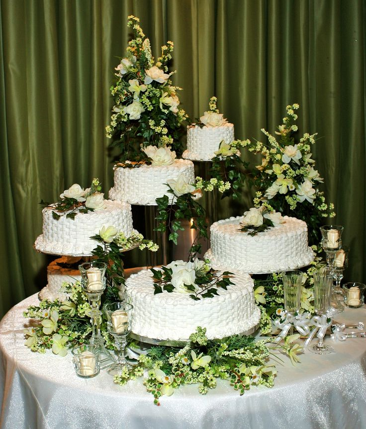 5 separate wedding cakes 5 separate tier wedding cake with white flowers 10450