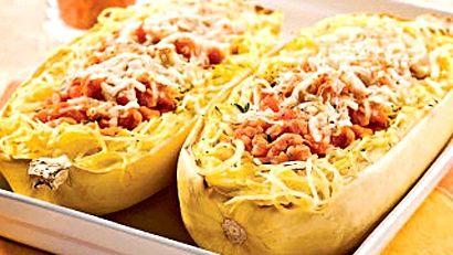 A.C.C.- juste WOW! Courge spaghetti et sauce aux lentilles corail - Recettes de cuisine, trucs et conseils - Canal Vie
