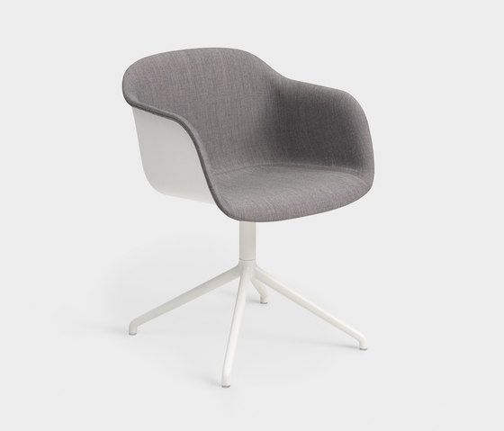 Fiber Armchair | swivel base front upholstered by Muuto | Visitors chairs / Side chairs