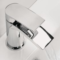 Traditional and Comtemporary Basin Taps | bathstore
