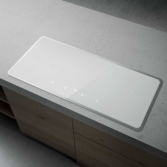 Elica LIEN DIAMOND 874 WH induction hob is equipped with a wireless system that connects it with the hood in order to regulate its aspiration capacity accordingly to the type of cooking.