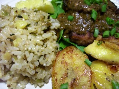 Pineapple fried rice, Fried rice and Rice on Pinterest