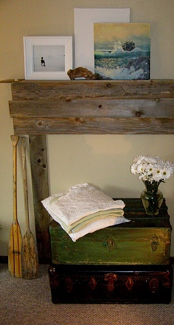 Wood / Pallet, Faux diy mantel.