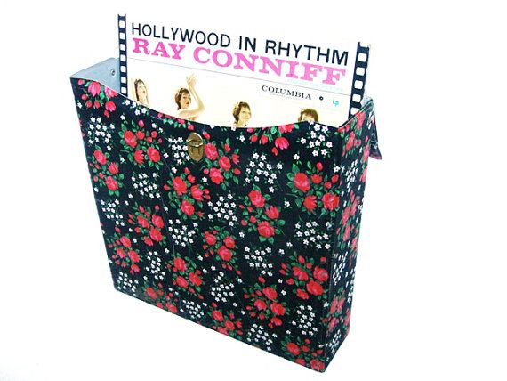 Vintage LP record storage case floral pattern by VintageBreda, €17.00