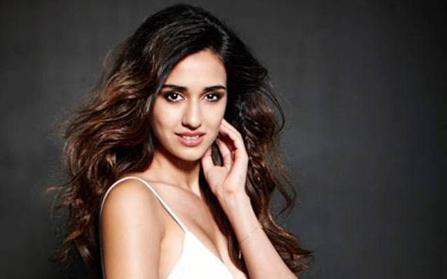 Will shave head if it benefits narrative, says Disha Patani , http://bostondesiconnection.com/will-shave-head-benefits-narrative-says-disha-patani/,  #saysDishaPatani #Willshaveheadifitbenefitsnarrative