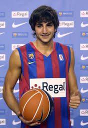 Resultado de imagen para poster de jugador español de basketball masculino ricky rubio en regal