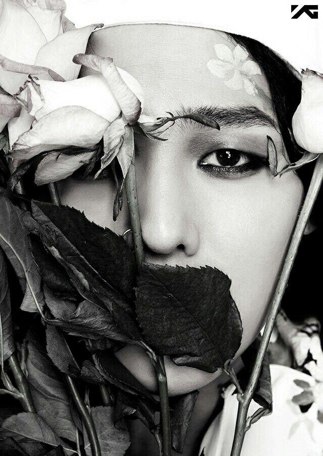 Kwon Jiyong / G Dragon , Big Bang *sighs* He's so beautiful~