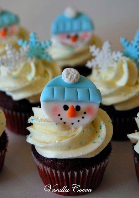 @Kathleen S S S DeCosmo ❥ ♡❤♥ #Christmas #Cupcakes ❤♡♥ snowman minis by Cocoa Claudia,