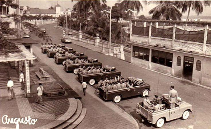 Guinea Ecuatorial (antigua Guinea española). Formación de LAND ROVER de la…
