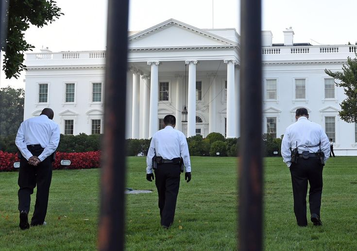 Omar Gonzalez  Who Is the White House Fence Jumper? - NBC News