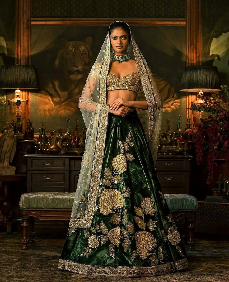 "241 Likes, 3 Comments - Sabyasachi Official Hyderabad (@sabyasachihyderabad) on Instagram: ""#Sabyasachi #Couture #FIRDAUS Campaign #WinterWeddings #HeritageWeddings #HandCraftedInIndia…"""