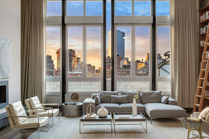 Hollywood actor Mike Myers will perhaps always be associated with the eccentric and funny super-hero Austin Powers from the comedy of the same name, as few people will remember his other roles in the movies. But in his New York apartment, everything is very serious: cool modern penthouse is designed in calm neutral tones with …