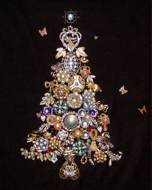 Cool Christmas Tree Decorations: 17 Best Ideas About Unique Christmas Trees On Pinterest