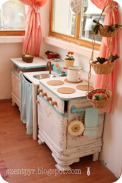 Such a cute little play kitchen!
