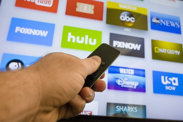 Cable companies freak out after 1 million cut cord in 3months