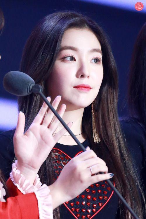 Red Velvet - Irene #instagram  #ulzzang #top #kpop #fashion #2017 #stage #korean #beauty #fansign #snsd #blackpink #redvelvet #twice #lovelyz #fx #gfriend #bts #exo #style #iu #ioi #pristin