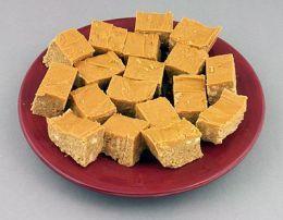 Weight Watchers 1 pt Peanut Butter Fudge. No guilt fudge?? Sign me up ;)