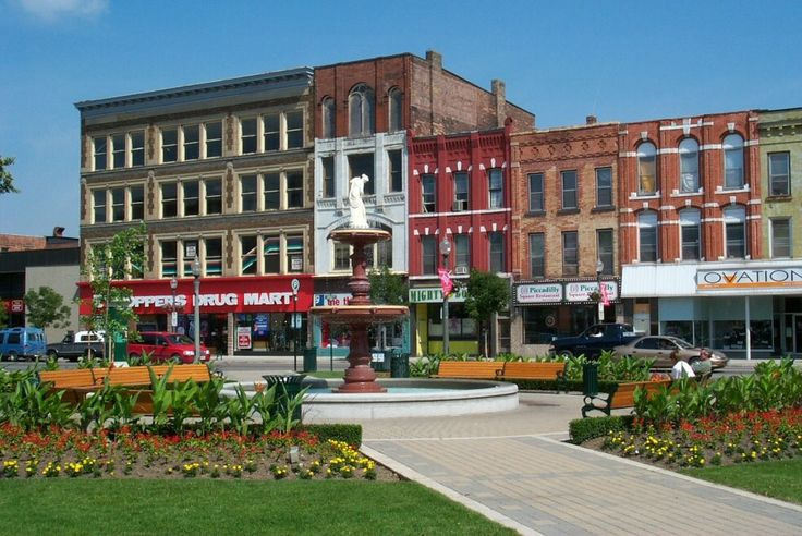 City square, downtown Woodstock, Ontario