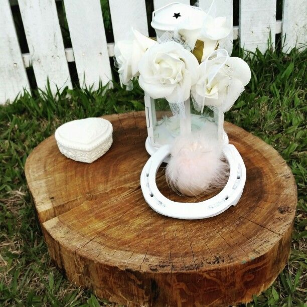 Rustic wedding decoration / centre piece / log slice / natural home decor
