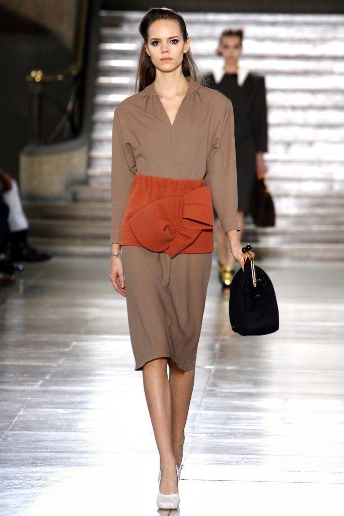 Miu Miu Fall 2011 Ready-to-Wear Fashion Show Collection