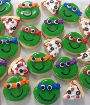Mini Ninja Turtle Cookies, J would dig these for sure!