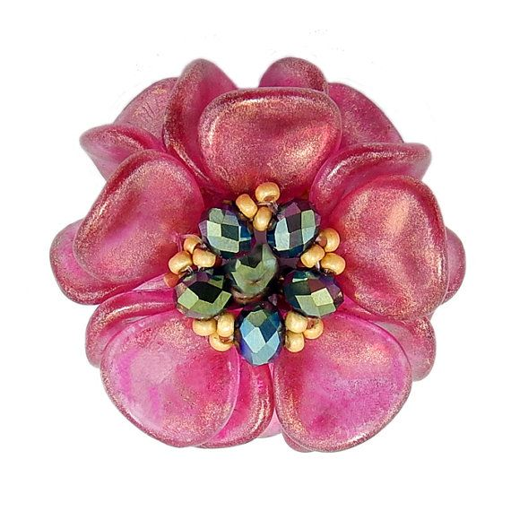 Tutorial Beaded Bead Using Rose Petal Beads & Seed Beads, Magnolia Bloom