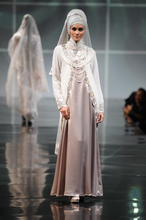 Irna La Perle beautiful wedding gown!