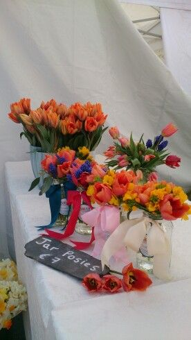 Jar posies with tulips