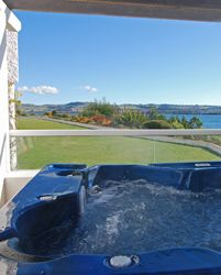 Lake Edge is Australasia's premiere Timeshare resort nestled on the shore of Lake Taupo offering luxury self contained apartment style accom...