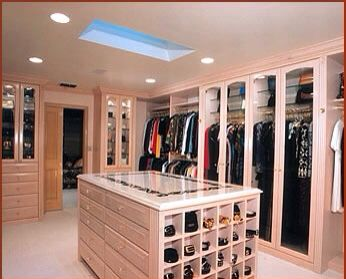 Master Closet Ideas Like The Island For Jewelry