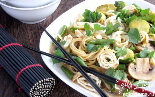 Японская лапша с овощами и омлетом | Кулинарные рецепты от «Едим дома!»