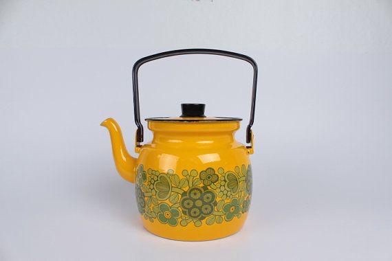 Kaj Franck - Arabia Finel - enamel teapot / kettle- yellow with flowers - Finland mid century