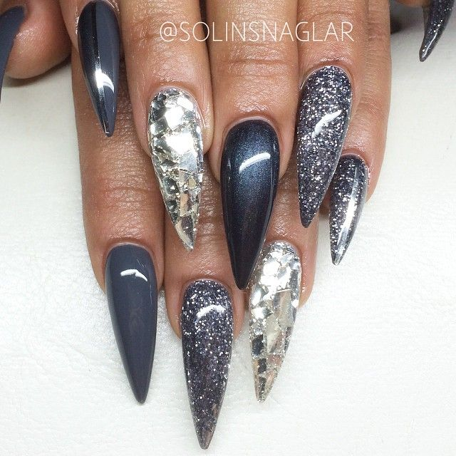 Stiletto design acrylic nails