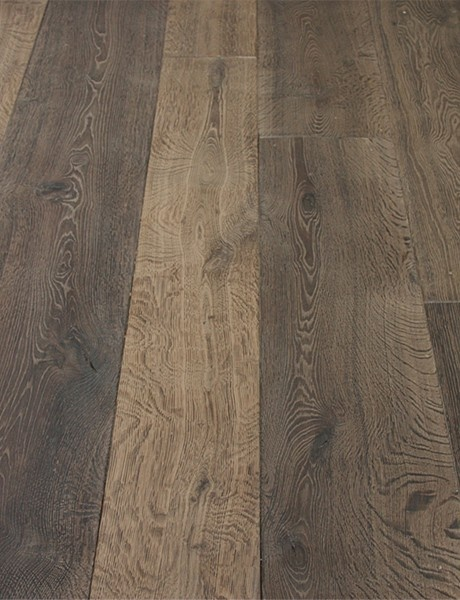 This gorgeous aged french oak is just too beautiful!