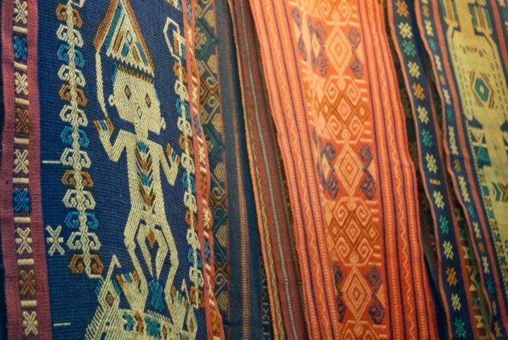 LOVE THIS! kain tenun ikat khas Bali