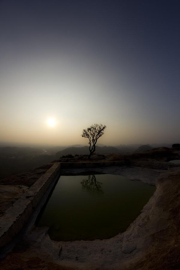 Free your mind  Hampi, Karnataka / India  http://mahzouni.com