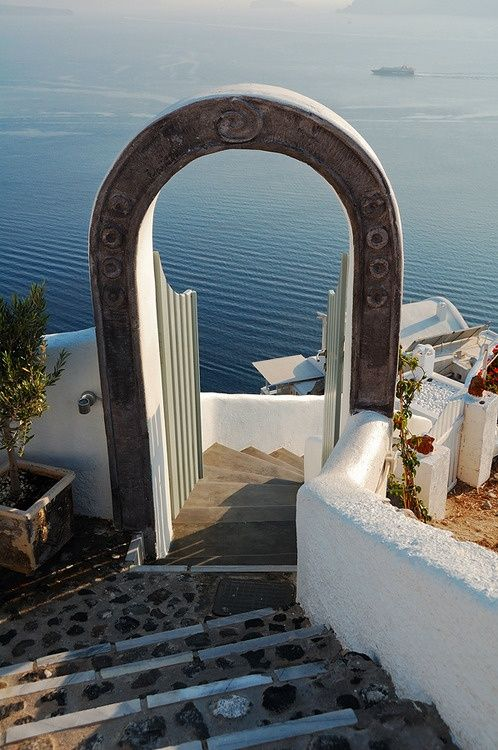 Staircase leading to the hotel, Santorini, Greece (by Pavel Demin)