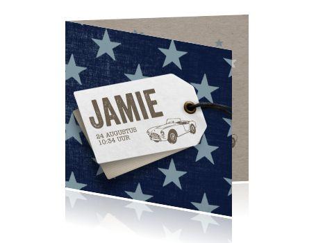 Hip blauw geboortekaartje met sterren voor een jongen, kartonen textuur en label. Trendy kaart van Luckz.nl