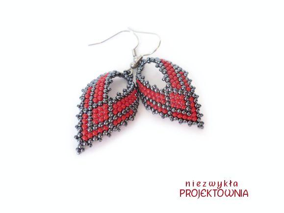 #earrings #russianleaves #beading #peyote