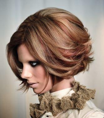 love the bluntness with the texture: Short Hair, Hairstyles, Hair Colors, Idea, Hair Styles, Haircolor, Makeup, Hair Cut, Haircut