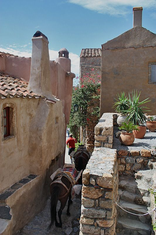 Greece Travel Inspiration - TRAVEL'IN GREECE I Monemvasia, Greece