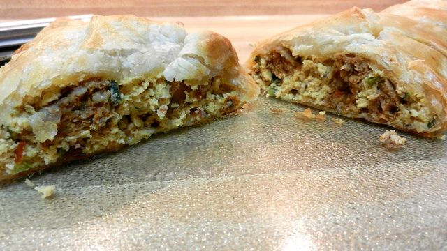 Breakfast Puff Pastry Braid with Eggs, Sausage and Cheese: Breakfast Puff, Pastries Braids, Foodies Quick, Foodball Football Foodies, Happy Tummy, Football Sunday, Foodbal Football Foodies, Gameday Food, Eggs Pastries