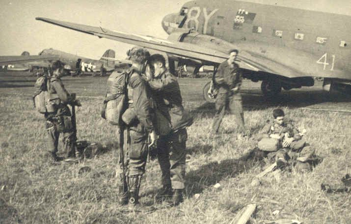 Paratroopers in WWII