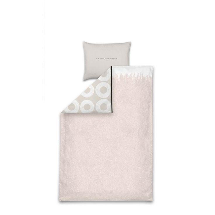 Tinne en Mia Lettre Dekbedovertrek Paars/Zilver - 140 x 220 cm: sjiek dekbed voor de nieuwe kamer van Lenthe. Zal ze dan eindelijk in haar eigen bed blijven liggen?
