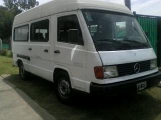 Combi Mercedes 180 94 14 Asientos Mas 1 Buena Permuto - $ 35.000,00