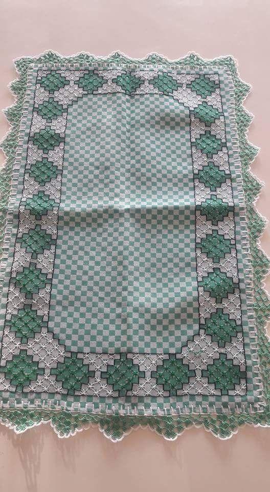 Bordado em tecido xadrez - Trilho (Detalhes sobre o bordado... Visitar)
